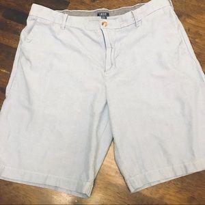 🥳 IZOD Light Blue Chambray Shorts - Size 38